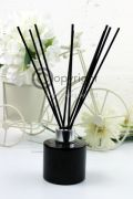 black-reed-diffuser