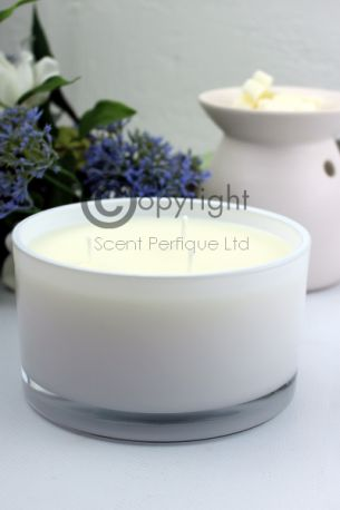 studio-candle-white