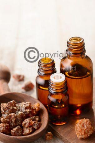 Tonka and Myrrh CONC Fragrance Oil